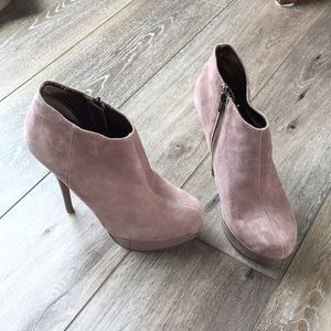 Steve Madden Blush Chelseey Suede Stiletto Booties